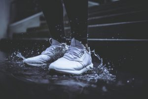 running shoes water