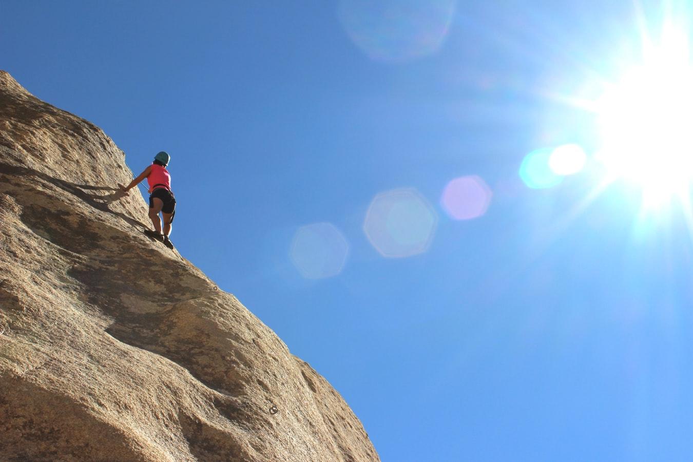 cliff climbing girl