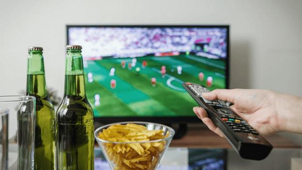 tv beers chips